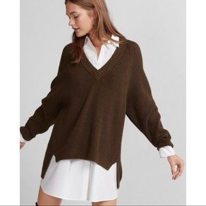 Express Deep V Neck Shaker Knit Sweater NW…